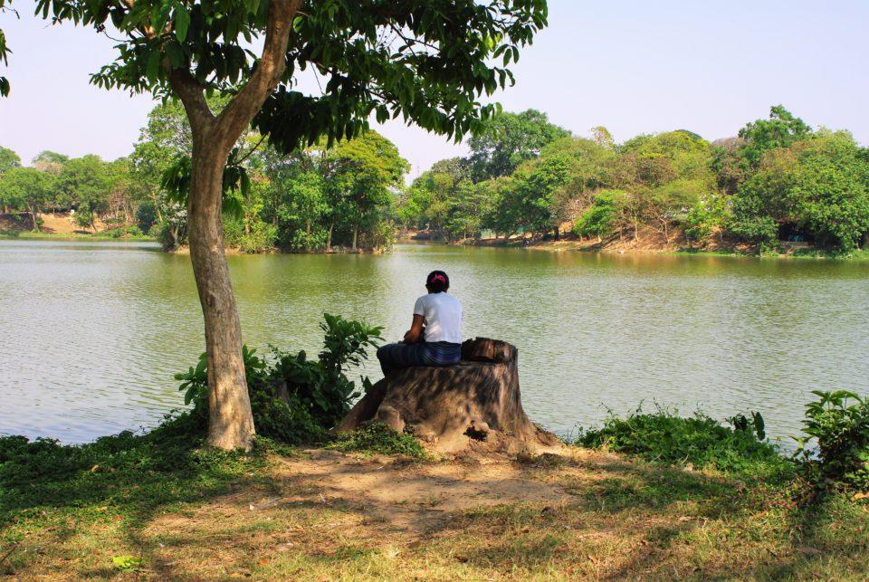 il lago Kandawgyi Yangon - Myanmar