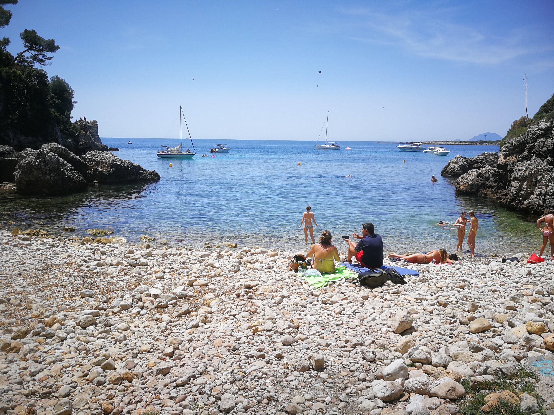 Plage de I'Argent Faux - Côte d'Azur Cap d'Antibe