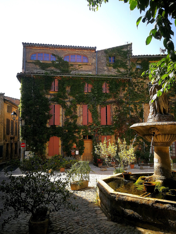 Louberon sud - Saignon, Provenza